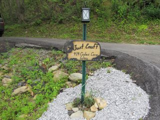 Sign at entrance to driveway