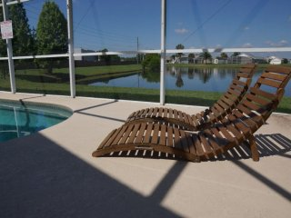 Queen's Retreat-Free SOLAR Pool Heat, WiFi, BBQ, Games Room, Slot Machines