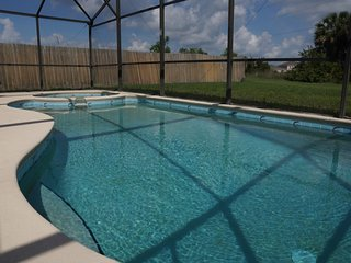 Beautiful Disney Home-Private Pool, WiFi, Disney/Orlando