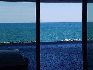 Il Paradiso allimprovviso... una terrazza sul mare per sognare... nel lusso!