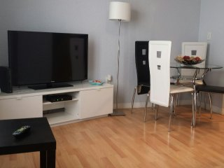 Miami Beach in the best  Area the Best apartment in  Collins Ave