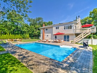 Modern Hampton Bays House w/Pool & Beach Rights!