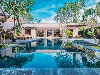 3BR Villa Near Echo Beach Surf Canggu Bali!