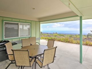 Ocean View House w/Lanai 7 Mi. from South Point!