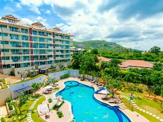 Hillside Luxury 2 Bedrooms Condo in Hua Hin