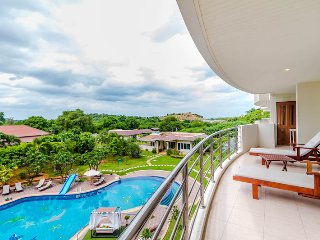 Seaview 2 Bedrooms Condo in Hua Hin