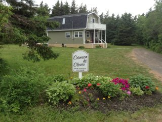 Crimson and Clover Oceanview Cottage
