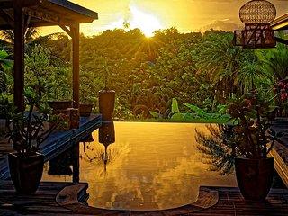 bungalow créole piscine