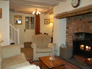BRONHAUL VILLAGE RETREAT  COTTAGE IN PENNAL