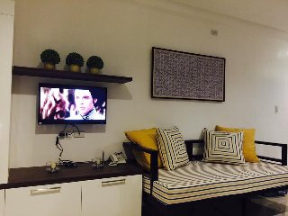 Condo Unit close to Robinsons Mall 2-3 pax with pool