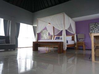 Villa Batik House in Quiet and Convenient Jimbaran