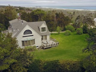 East Orleans, Cape Cod - Walk to Beach, A/C in all three BRs