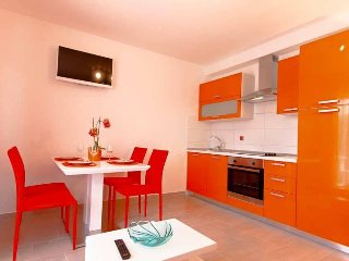 Apartmani Domino 8 orange