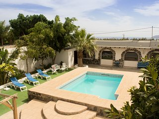 Your beautiful holiday home with pool in Arucas