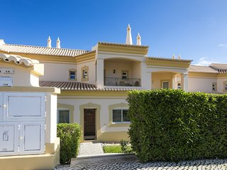 Luxury 3 Bedroom villa in Boavista Golf Resort