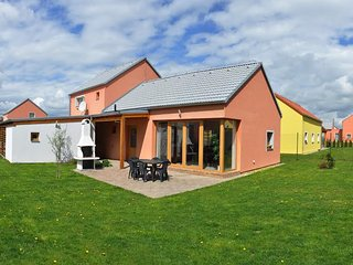 Stylish house in Southern Bohemia, with garden - near excellent fishing & golf
