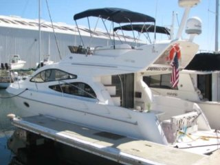 Comfy yacht at safe harbour marina FREE SUNSET TRIP