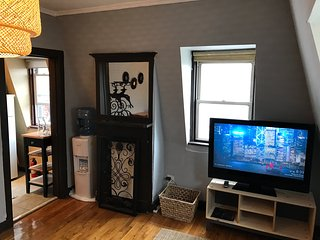 1 1/2 bedroom space for 2 or 3 on top floor of Victorian Home in Bedstuy BK NY