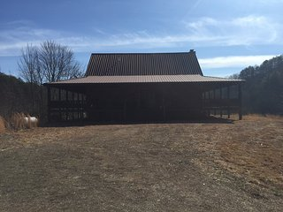 Adam`s Cove- 118 acre Family Homestead- Mountain View with rolling pastures!