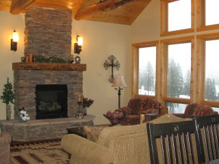 Luxurious Ski-in/Ski-out Townhouse at Whitefish Mountain Resort