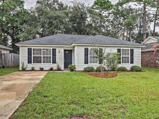 Updated Savannah House w/ Fenced-In Backyard!