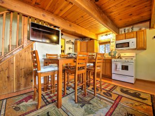 Explore Big Bear Lake & Slopes - Sugarloaf Cabin!