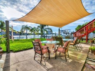 UNIT A:  Waterfront Island Condo: Beach and Private Dock
