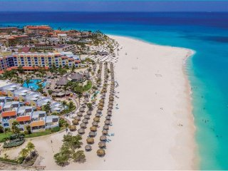 Costa Linda Beach Resort in Aruba