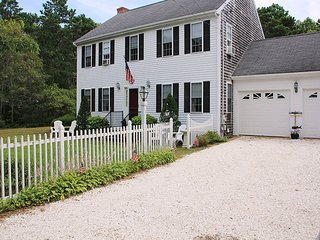43 Depot Road South Harwich Cape Cod - Captain's Colonial