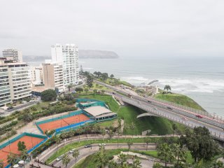 Balcony Ocean View Miraflores Apartment