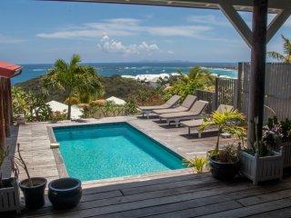 Villa 4 chambres avec vue mer, charme authentique et vrai havre de paix!