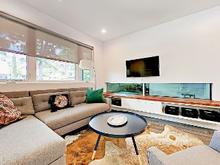 Contemporary 3BR w/ Private Patios - Perfect for ACL Getaway!