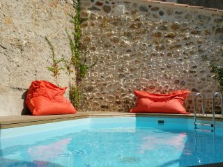Maison Maroc - Private pool courtyard, terrace, 3 bed, 2 bath, 2 living areas