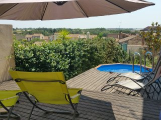 Suntrap roof terrace & views - garden & plunge pool, 3 bed, 2 bath, wood stove