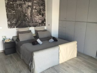 Luxury and Minimal 2 bedroom Apartment - Athens