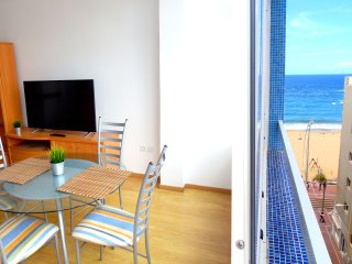Seaview 2 bedroom apartment near Canteras Beach