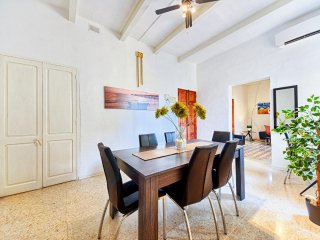 Bright & Modern 3 Bedroom Apartment, Valletta