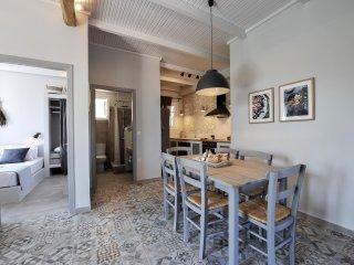 Alia Luxury Apartment - Paxos Retreats