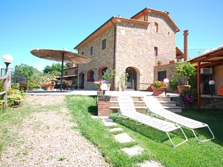 Val di Chiana Holiday villa with pool BORGO LORI