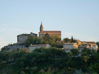 Maison Neuve Mont Ventoux Crillon le Brave