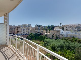 Luxury 2 Bedroom Apartment in St Julians (ENHANCED CLEANING PROTOCOL)