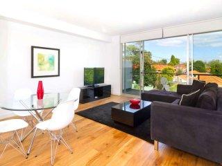 Designer Apartments Glen Iris  : 204/220 Burke Rd, Glen Iris