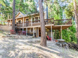 Rustic Hideaway - Cabin with knotty pine wood throughout