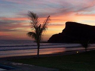 Rio Dulce V5 Oceanfront condo