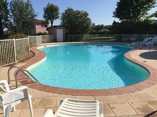 Appartement Corse-du- Sud 4 personnes, piscine et plage a pied