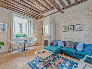 Nice 1bd flat for 3p at the famous Saint Honoré st