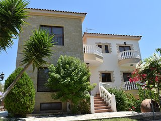 Luxury 5 Bed Villa - Gym - Private Pool - Stunning Sea Views - Pool Table - Wifi