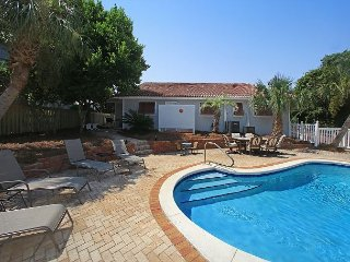 SEAVIEW HIDEAWAY! OPEN 3/10-17 NOW ONLY $2116 TOTAL! PRIVATE POOL FOR YOU!