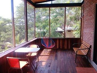 Renta vacacional bungalow independiente.