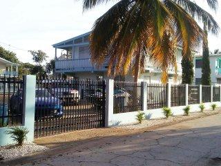Villa Don Coqui, De Luxe 2nd Fl Apartment, El Combate,Cabo Rojo, Puerto Rico
